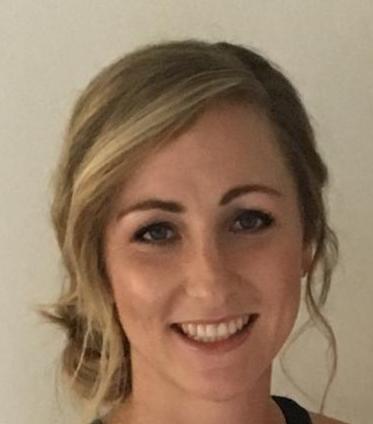 Headshot (3) Samantha Moore